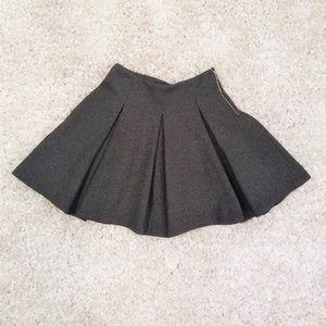Zara Woman's Charcoal Grey box pleat mini size XS